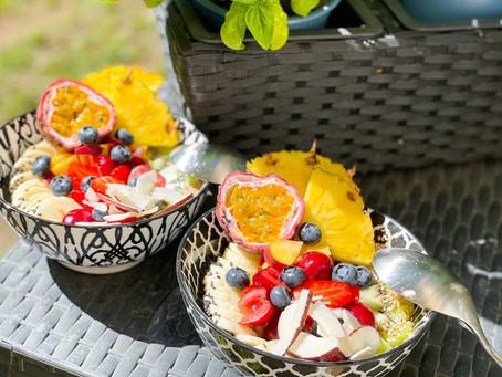 Energiebowl mit Buchweizen und Obst
