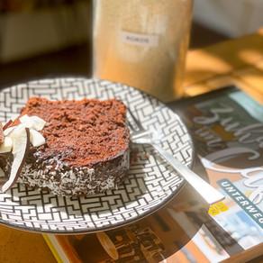 Schokoladiger Kokos-Zucchini Kuchen
