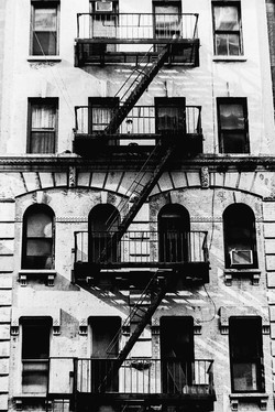 ApartmentsFireEscapeNYC2000