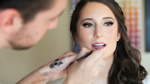 How to schedule the best stress-free wedding day hair and makeup.