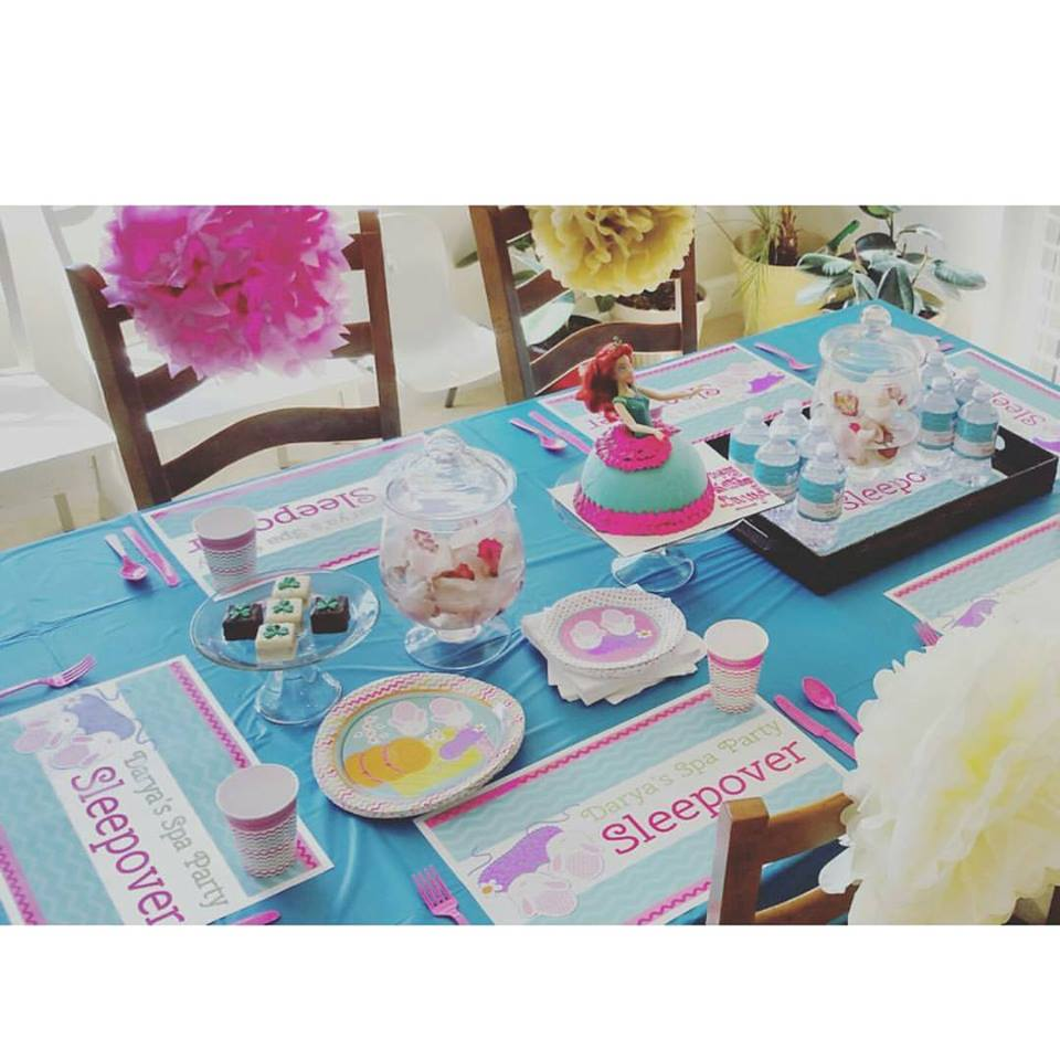 birthday sleepover table