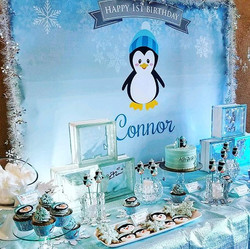 Connor's Winter ONEderland!_❄🐧❄ Dessert