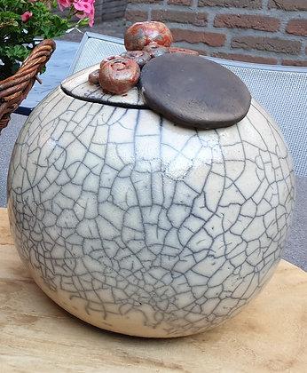 Bolvormige urn