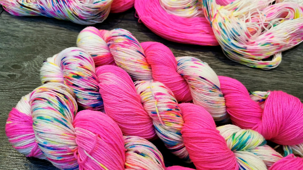 Paintbox Pink: (4Ply/Fingering) Micro-Stripe