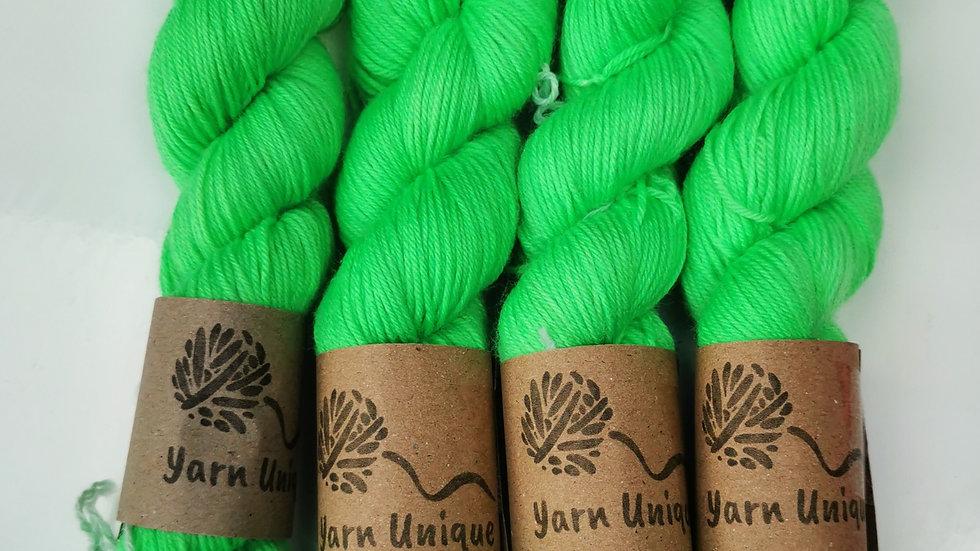 Lime Fizz - UV Neon (4Ply/Sock)