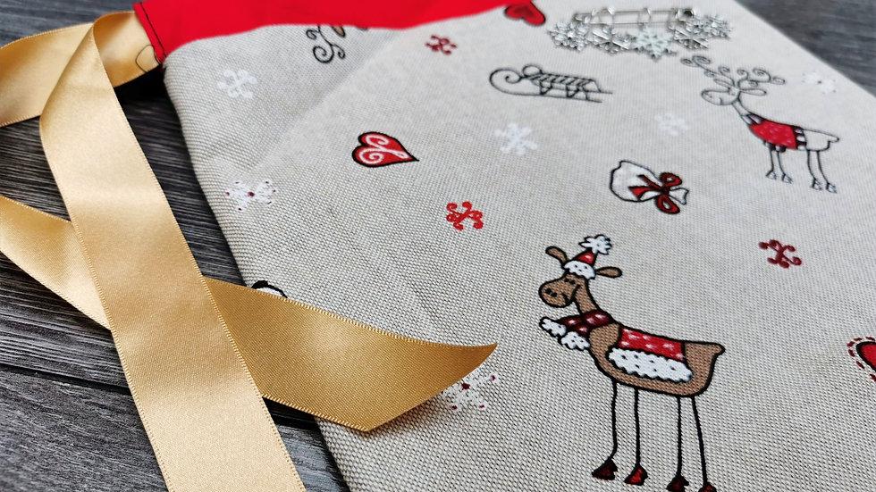 Snowy Reindeer Bag & Stitch Marker Set