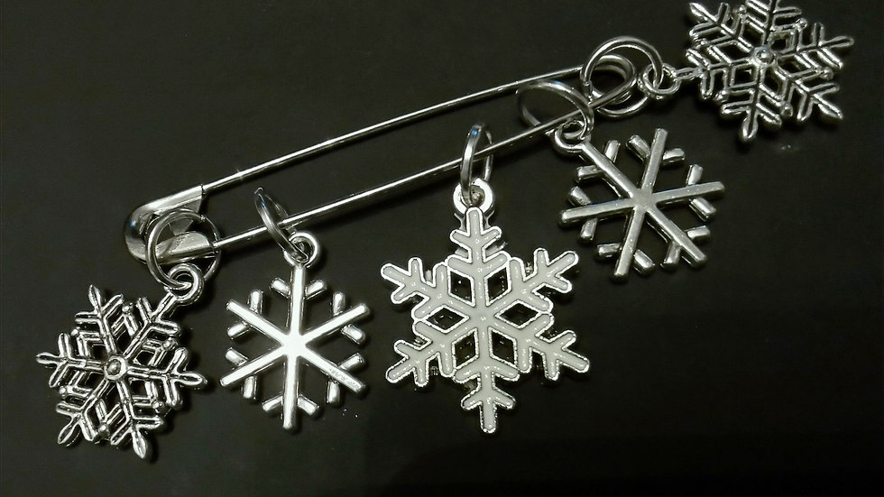 Christmas Snowflake Stitch Markers