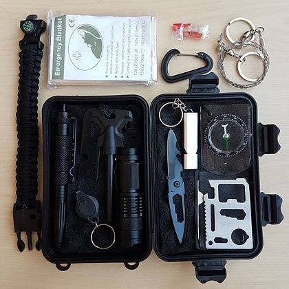 Knives Singapore, Survival Kit, Emergency Kit, Camping, Outdoor, Multi Tool Singapore, Carabiner