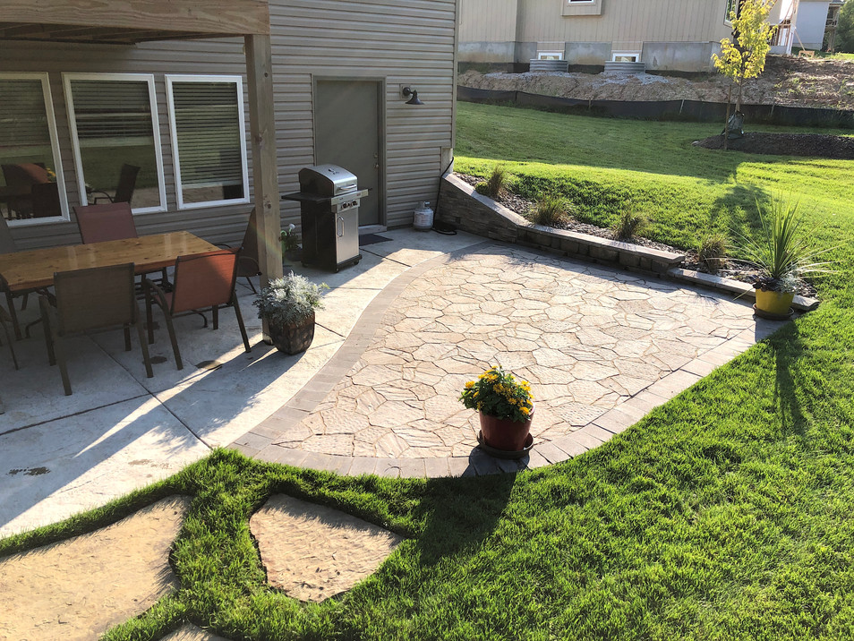 Wagner Natural Stone Patio .JPG