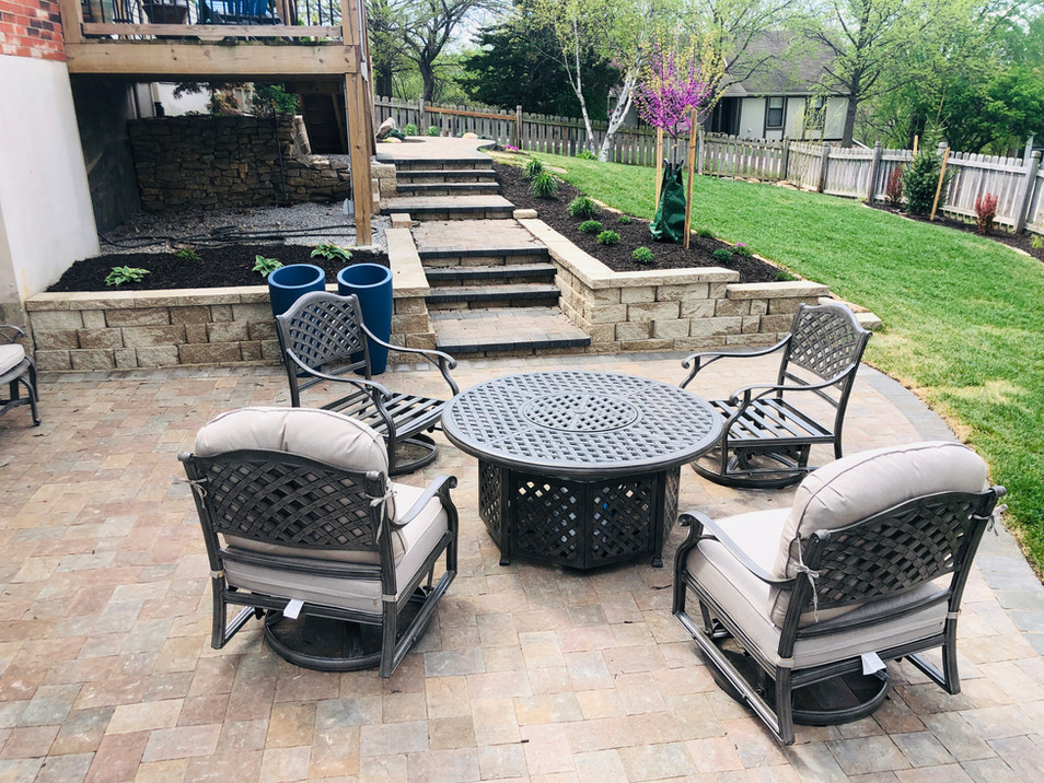 Willingham Patio with chairs.JPG