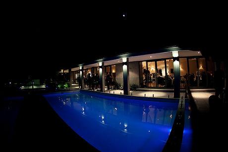melbourne wedding by a pool