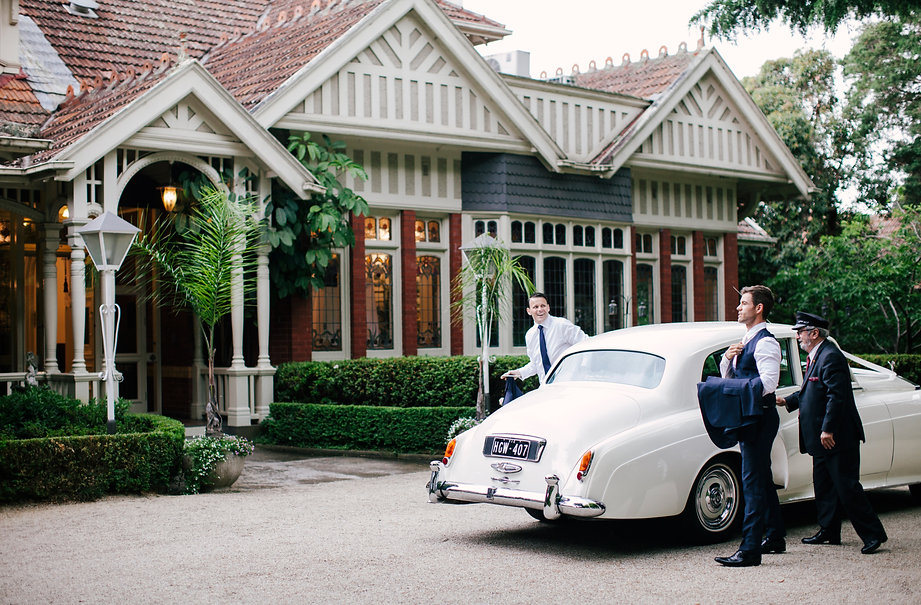 Groom arriving a the gables