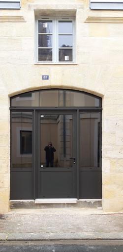 Châssis composé de 2 fixes, d'une porte fenêtre et d'un imposte cintré