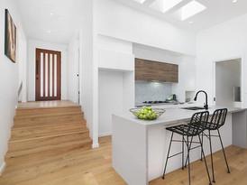 Kitchen and front door goals 🙌🏼✨ #prop