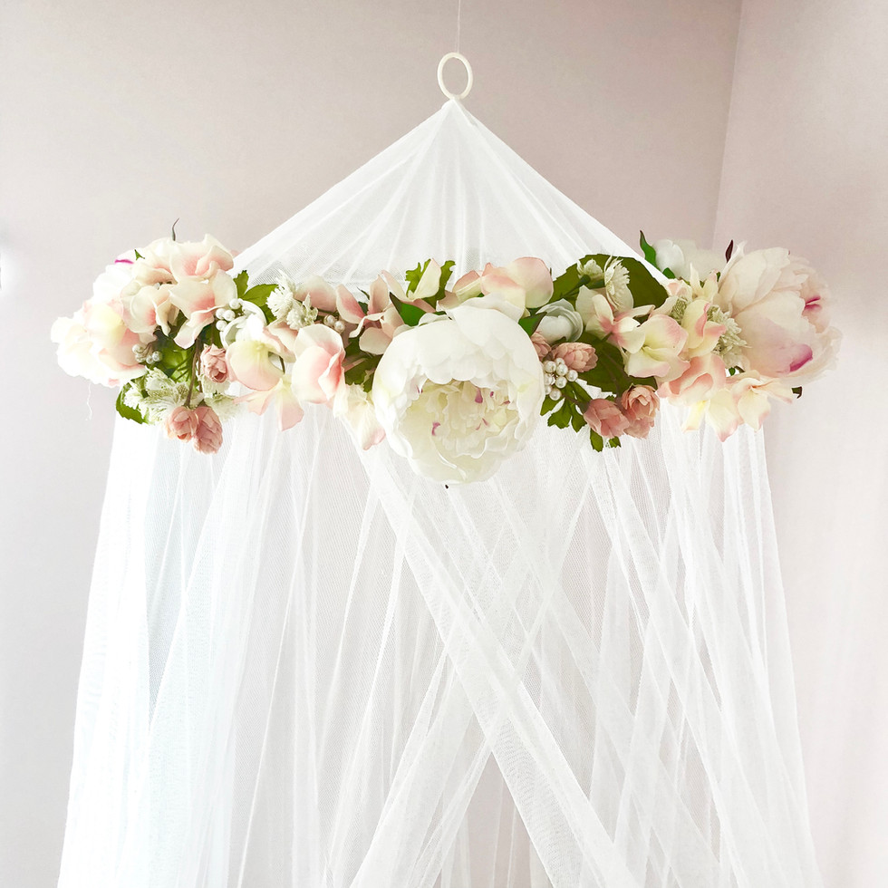 DIY Flower and Tulle Nursery Mobile
