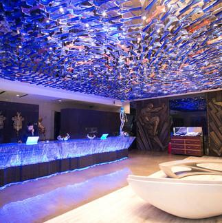 lobby--v13246980.jpg