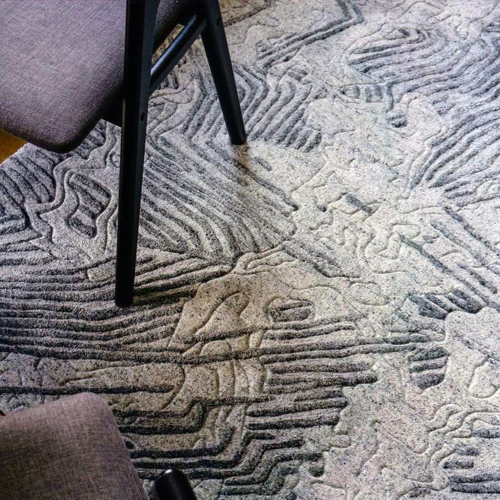 FEAT_Style-Omar-Khan-rugs-LEAD_edited.jp