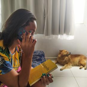 Serviço solidário conta histórias por telefone