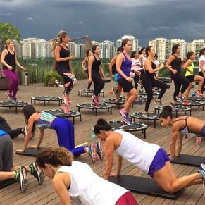 Village Mall se transforma em arena fitness
