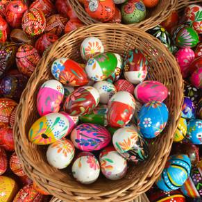 Via Parque Shopping realiza caça aos ovos com os coelhos piratas