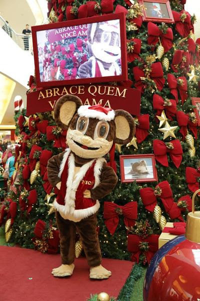 Macaquinho Nico, o mascote do shopping