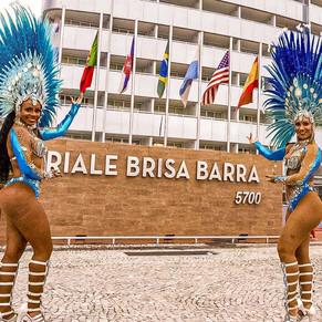 Feijoada com muito samba no Brisa Barra Hotel
