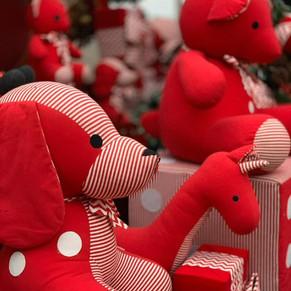 Rio Design Barra recebe o Papai Noel e sua encantada fábrica de brinquedos