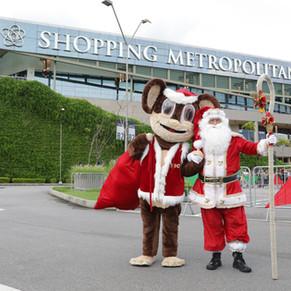 Papai Noel chega de helicóptero ao Shopping Metropolitano Barra no dia 10 de novembro