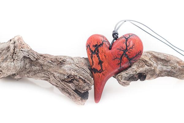 Herzkette, Holzkette