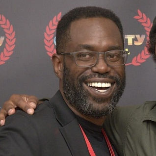 Lamar D Mackson