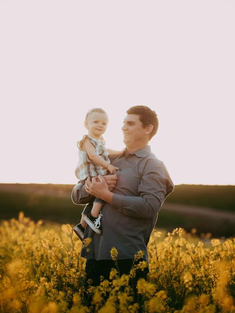 Sacramento-Mustard-Field-Family-Photographer-TinaSwainPhotography-1003.jpg