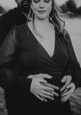Maternity Session at Ancil Hoffman Park