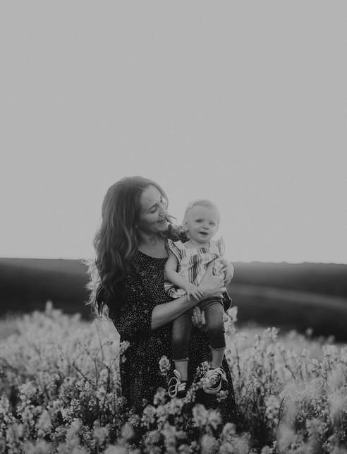 Sacramento-Mustard-Field-Family-Photographer-TinaSwainPhotography-1013.jpg