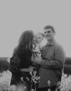 Sacramento-Mustard-Field-Family-Photographer-TinaSwainPhotography-1012.jpg