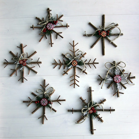 Christmas Decor - DIY - Rustic Twig Snowflakes