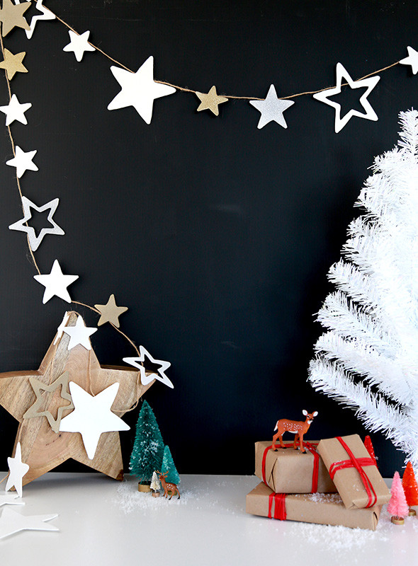 Christmas Decor - DIY - Star Garland