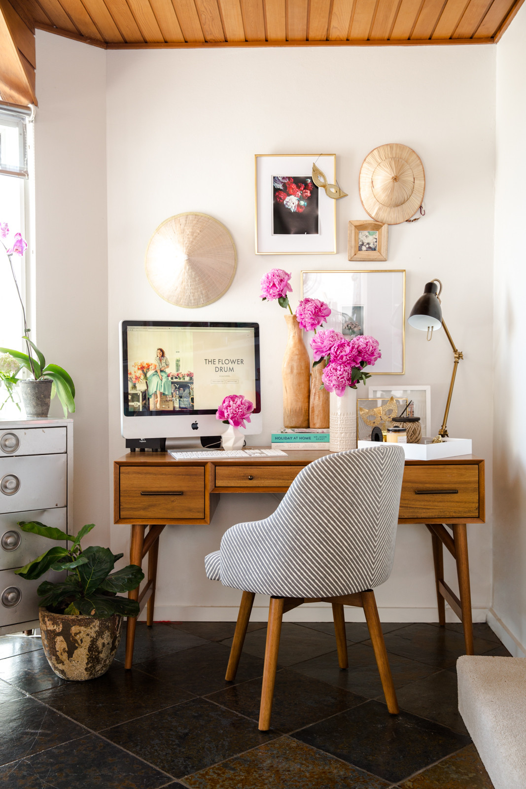 cool home office spaces. Cool Home Office Space [image Courtsey Of Luthers.gr] Spaces