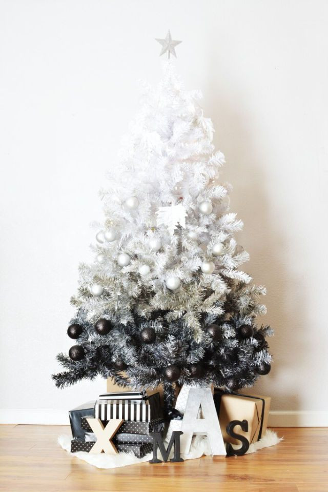 Christmas Decor - Black & White Ombre Tree
