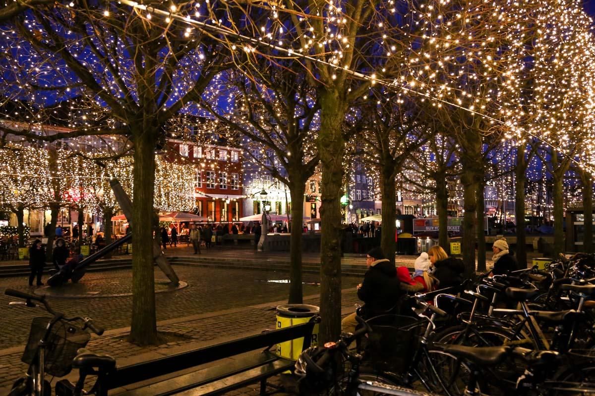 Christmas - Copenhagen [image courtesy of thewanderblogger]
