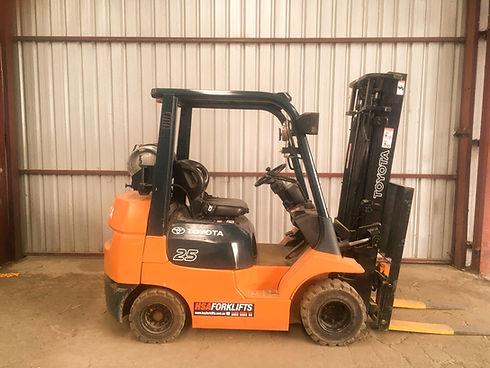 Forklift 2_edited.jpg