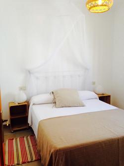 2º dormitorio con cama de 150cm