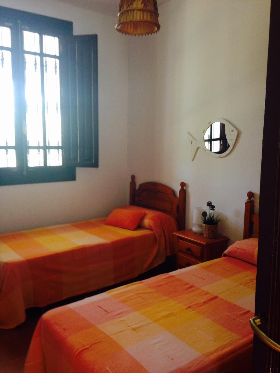 Dormitorio 2 con camas de 90cm