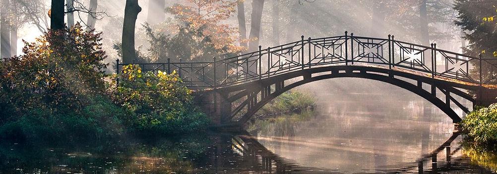 bridgescene.jpg
