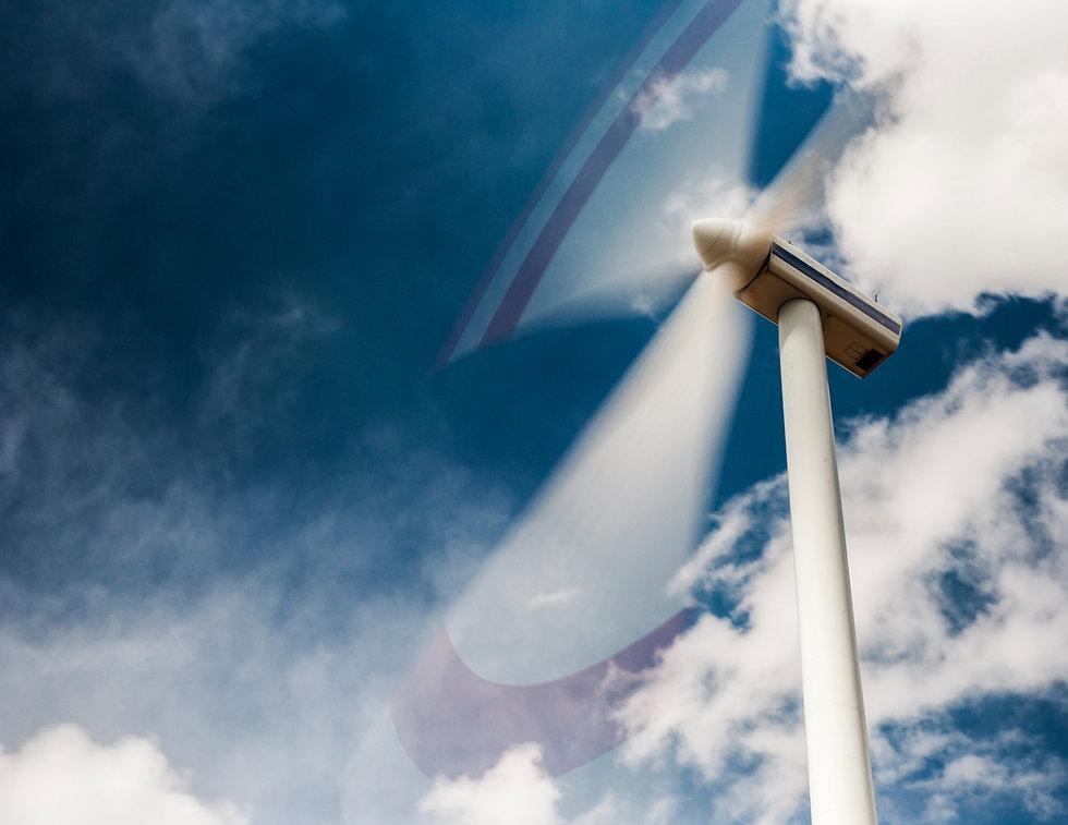 windmill-1284178105_4256x2832_edited.jpg