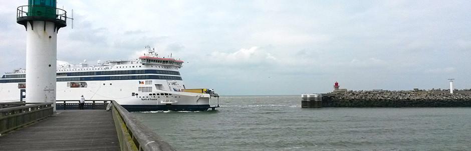 Voyage trek Côte d'Opale France  Ferry Calais
