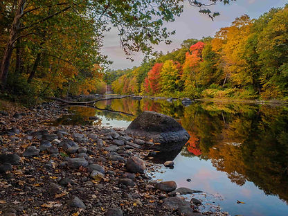 Farmington River_AdobeStock_140912327.jp