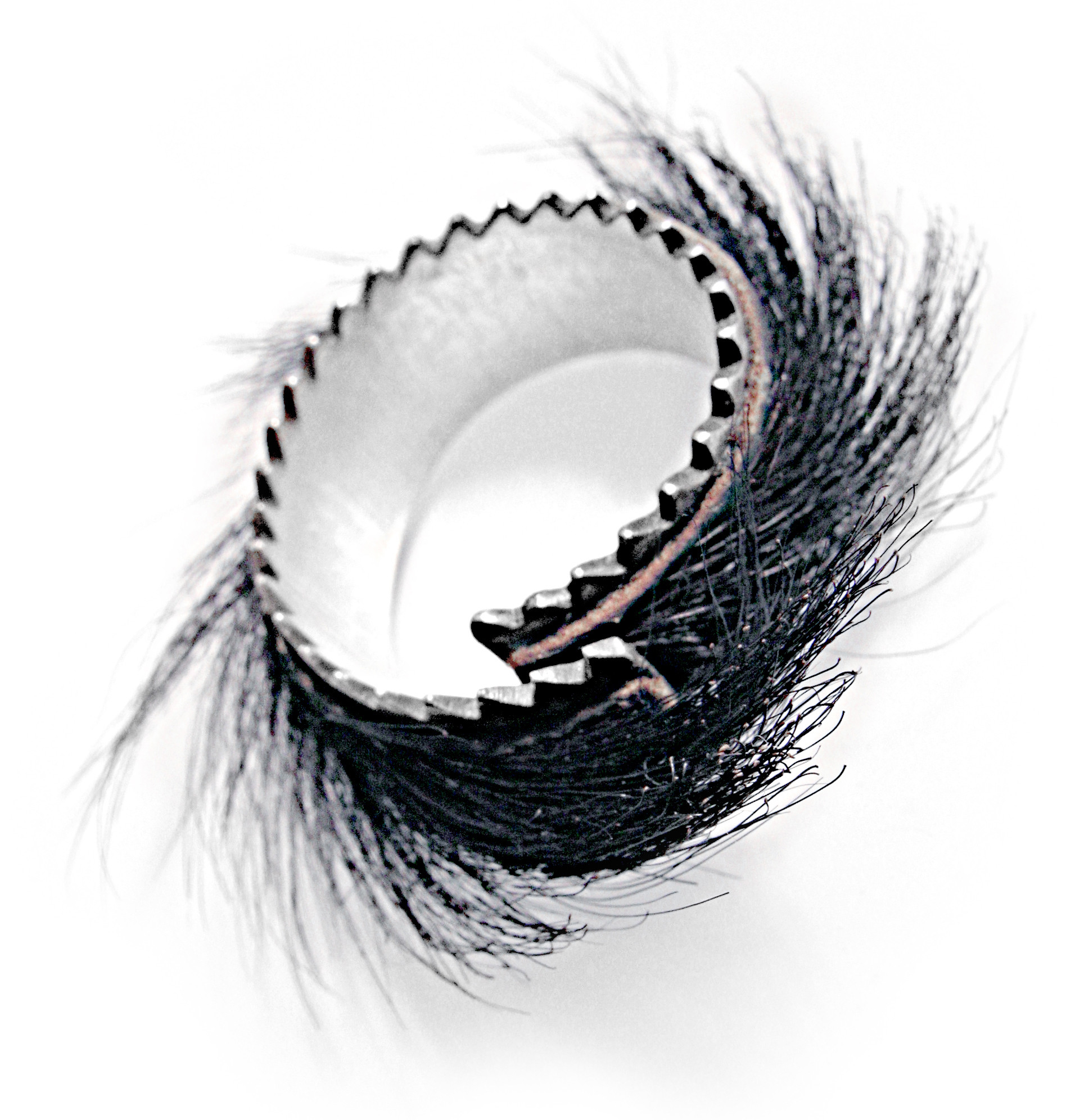 Bear Fur Sawtooth Ring