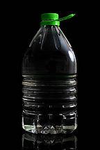 Bidón 5L y 6L  litros PET litros certificado para alimentos Fabrica de Envases plásticos en Montevideo Tukapel S.A