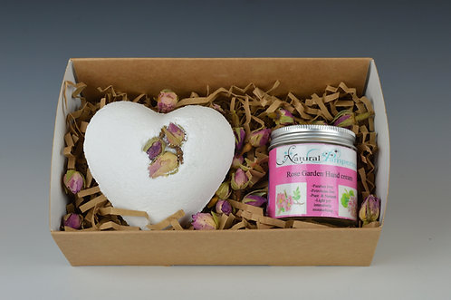 Rose Garden Gift Box Hand cream + Bath Bomb