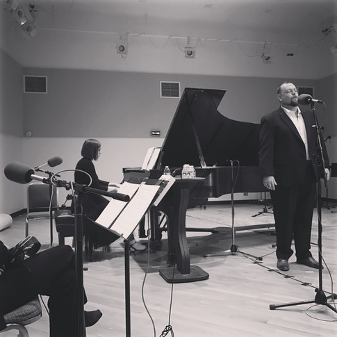 Performing at WFMT in Chicago with Ben Lowe, baritone for the 2016 Marilyn Horne Song Competition Tour